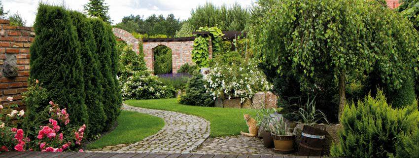 Neu- und Umgestaltungen von Privatgärten und gewerblichen Grünflächen